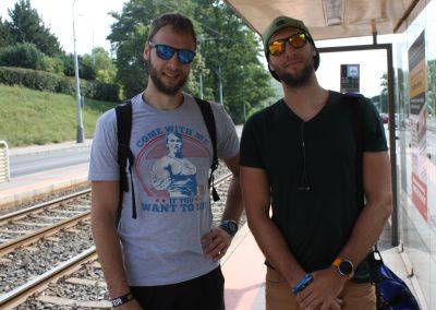 Před startem na zastávce